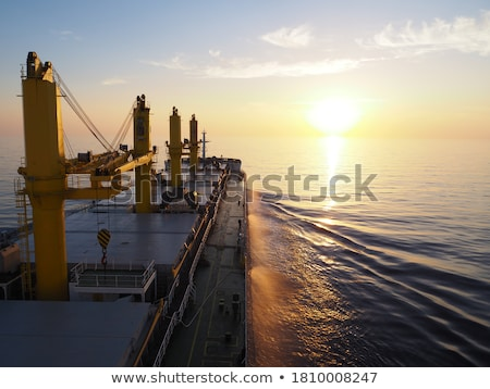 vracht · schepen · twee · zwarte · zee · water - stockfoto © boggy