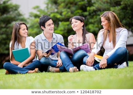 sorridere · studenti · studiare · esterna · scuola · amici - foto d'archivio © Minervastock