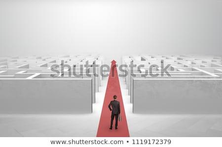 Empresário em linha reta à frente dois tapete vermelho seta Foto stock © ra2studio