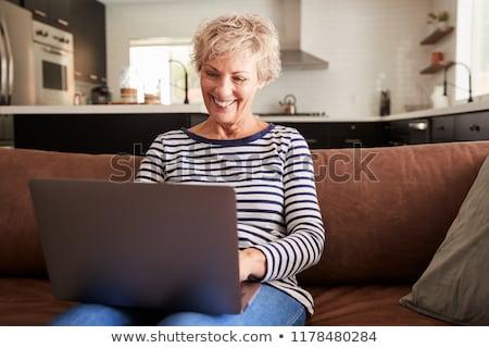 senior · vrouw · ontspannen · home · huis · portret - stockfoto © wavebreak_media
