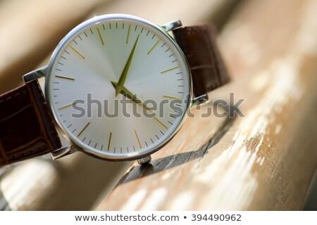 Chroom horloge bruin mannen tijd zwarte Stockfoto © Raduntsev
