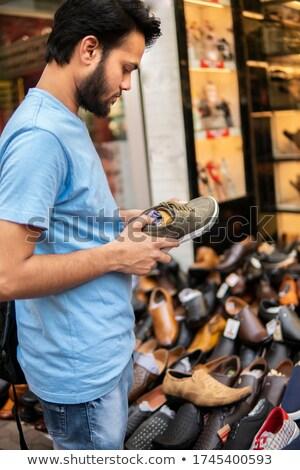 Display zomerschoenen straat markt kleurrijk sandalen Stockfoto © stryjek
