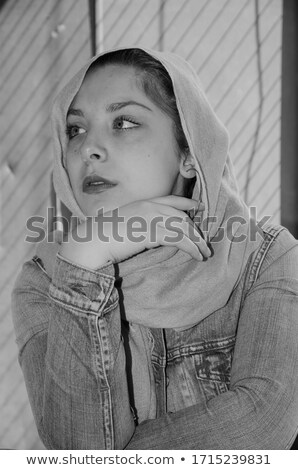 Model siyah peçe kafa etrafında Stok fotoğraf © jrstock