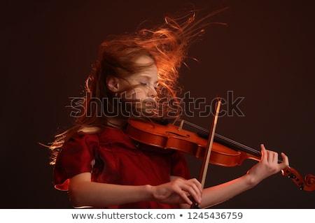 közelkép · nő · játszik · hegedű · íj · gyönyörű - stock fotó © tekso