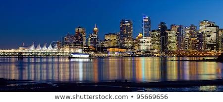 Mavi saat yansıma Vancouver ufuk çizgisi İngilizler Stok fotoğraf © davidgn
