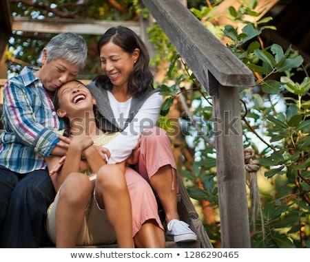 家庭 肖像 男孩 歡迎 戶外活動 西班牙 商業照片 © IS2