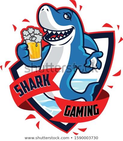 Desenho animado bêbado tubarão ilustração olhando peixe Foto stock © cthoman