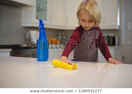 мальчика очистки кухне домой мальчики Сток-фото © wavebreak_media