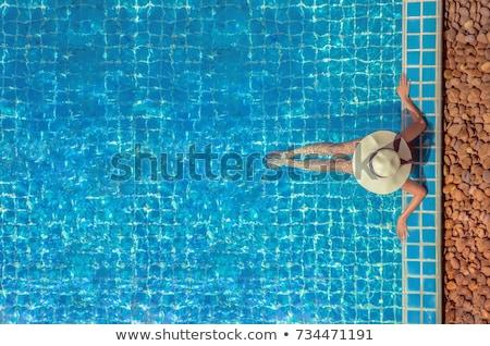 dois · jovem · meninas · sessão · piscina · sorridente - foto stock © ssuaphoto