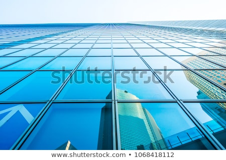 высокий вверх небе деловой женщины Постоянный большой Сток-фото © jayfish
