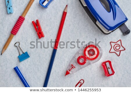 Stock photo: A topview of a group of paperclips