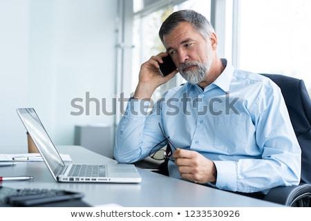 シニア ビジネスマン タブレット ビジネス 背景 ニュース ストックフォト © Minervastock