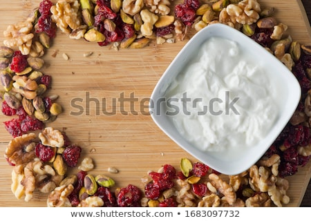 Házi készítésű granola aszalt bogyó gyümölcs búza Stock fotó © furmanphoto