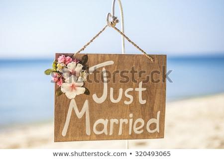 Friss házasok szöveg homok tengerpart írott idilli Stock fotó © AndreyPopov