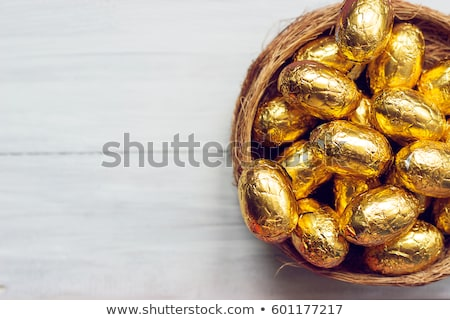 çikolata yumurta saman yuva ahşap Paskalya Stok fotoğraf © dolgachov