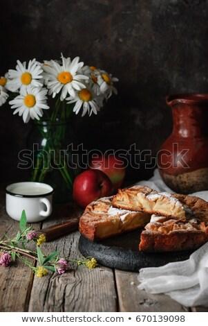 Traditioneel Italiaans appeltaart houten tafel hout vruchten Stockfoto © stefanoventuri