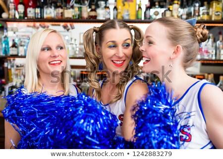 Groep cheerleader meisjes kijken spel favoriet Stockfoto © Kzenon
