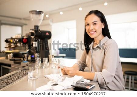 Genç başarılı müdür muhasebeci restoran kazanç Stok fotoğraf © pressmaster