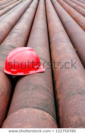rouge · casque · pétrolières · fer · pipe · minière - photo stock © antonihalim