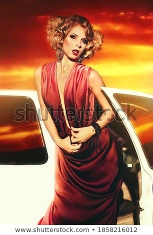çekici · sarışın · kadın · eski · araba · gökyüzü - stok fotoğraf © nejron