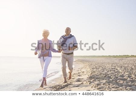 Dziadek babcia wygaśnięcia morza uruchomiony człowiek Zdjęcia stock © Paha_L