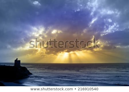 Maneira castelo praia paisagem oceano Foto stock © morrbyte