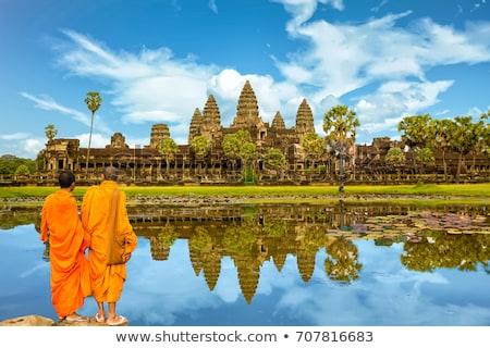 Angkor Cambodge anciens buddha Rock statue Photo stock © bbbar
