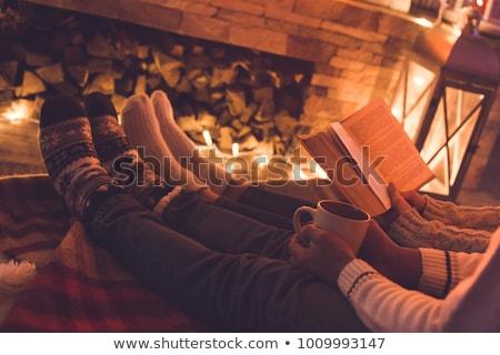 человека питьевой горячий напиток чтение книга пить Сток-фото © photography33