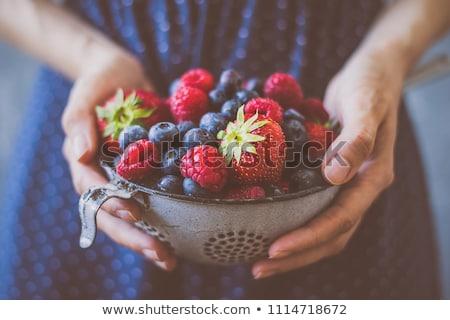 Fresche succosa frutti di bosco foglie verdi wood texture frutta Foto d'archivio © -Baks-