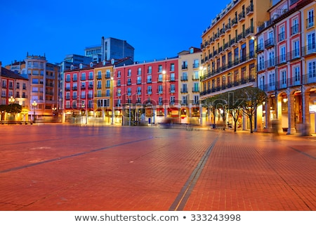 Kare İspanya Bina şehir mavi pencereler Stok fotoğraf © lunamarina
