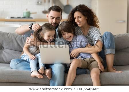aile · dört · kadın · el · mutlu · çift - stok fotoğraf © Paha_L