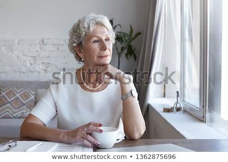 Bom mulher pérola colar cara fundo Foto stock © Elnur