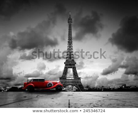 Starych retro samochodu Paryż widoku ikonowy Zdjęcia stock © artfotodima