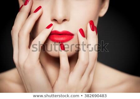 Mulher batom vermelho vermelho polido unhas menina Foto stock © photography33