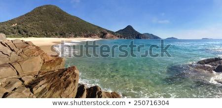Destruir praia porta pequeno belo isolado Foto stock © lovleah