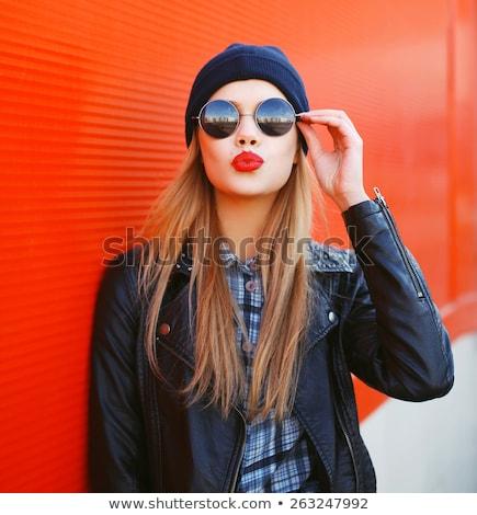 Foto stock: Beautiful · girl · lábios · vermelhos · belo · mulher · jovem · renda · topo