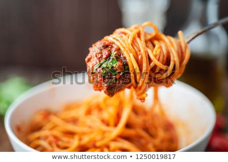 hús · paradicsomok · spagetti · serpenyő · sült · vacsora - stock fotó © Digifoodstock