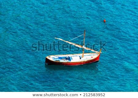 kicsi · fából · készült · vitorlás · hajó · citromsárga · játék · vitorlázik - stock fotó © klinker