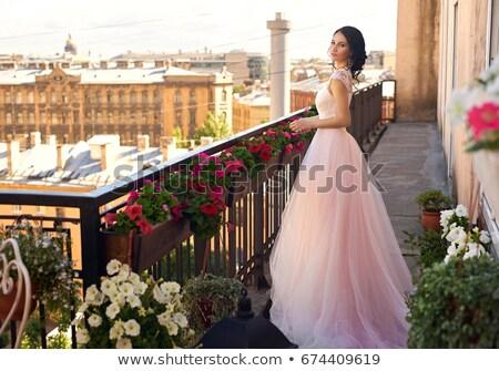 Hermosa novia posando balcón edad castillo Foto stock © tekso