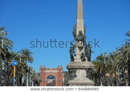 ív · Barcelona · Spanyolország · város · építkezés · kék - stock fotó © neirfy