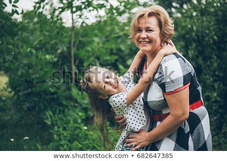 孫娘 祖母 夏 公園 家族 ストックフォト © dolgachov
