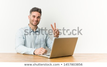 ビジネスマン · 入力 · ノートパソコン · キーパッド · クローズアップ · 手 - ストックフォト © kurhan