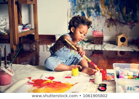 Dziecko malarstwo pędzlem wody kolory papieru Zdjęcia stock © Arrxxx