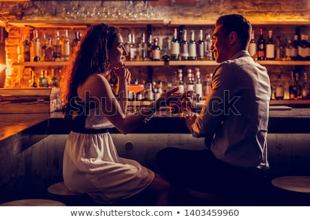 couple · bar · portrait · séduisant · réunion - photo stock © pressmaster
