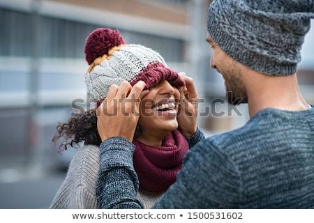inverno · sorrir · retrato · jovem · bela · mulher · ao · ar · livre - foto stock © ersler
