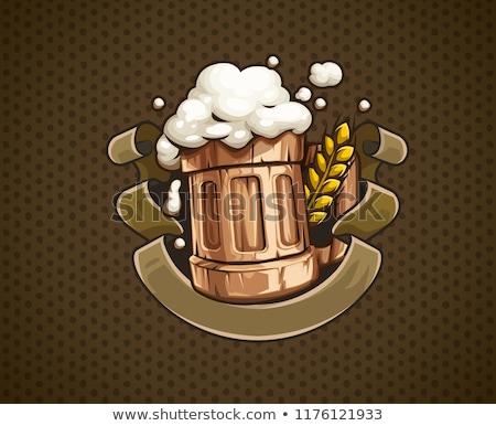 Ahşap bira kupa köpük yalıtılmış beyaz Stok fotoğraf © orensila