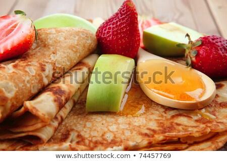 Krepp honig l ffel essen kuchen stock foto m for Kuchenstudio essen