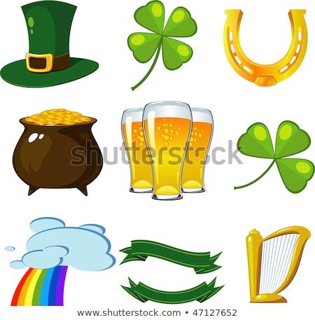 Glas groene bier hoefijzer gouden munten Stockfoto © dolgachov