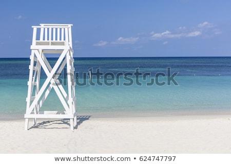 Witte badmeester toren oceaan strand hemel Stockfoto © galitskaya