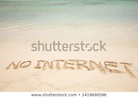 Geen internet tekst geschreven zandstrand Stockfoto © AndreyPopov